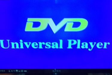 """Just REDUCED! APEX TV With built-in DVD Player 32"""" for Sale in Spanaway,  WA"""