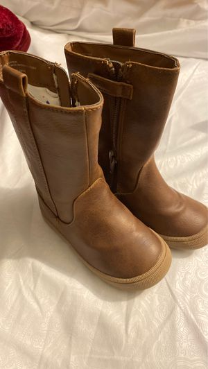 Toddler boots size 6 for Sale in Anaheim, CA