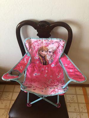 Frozen girls lawn chair for Sale in Heber, AZ