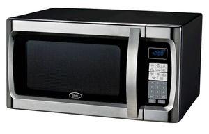 (New in box) Oster 1.3 Microwave 1100 v for Sale in Salt Lake City, UT