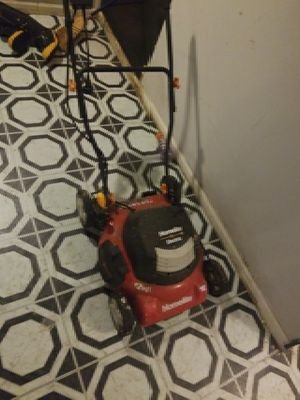 Homelite Electric lawn mower for Sale in Chicago, IL