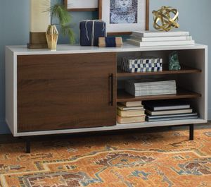 """47"""" TV STAND for Sale in New York, NY"""