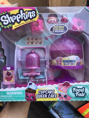 Shopkins playset Cupcake queen cafe set for Sale in South Gate, CA