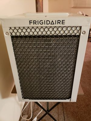 Air Conditioner Good Condition Frigidaire for Sale in Denver, CO
