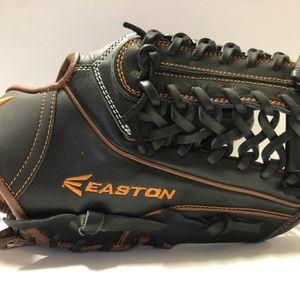 Easton Baseball Mit for Sale in Buckley, WA