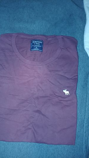 Brand new men's Abercrombie & Fitch XL t shirt for Sale in Seattle, WA