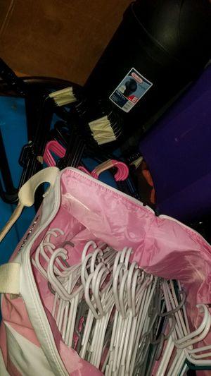 3 gallon trash with hangers for Sale in Covington, WA