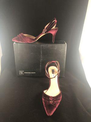 I.N.C velvet kitten heel, size 9, for Sale in Irvine, CA