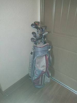 Women's golf clubs& bag $125 for Sale in Seminole, FL