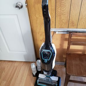 Bissell Crossway Cordless Vacuum for Sale in Gibsonia, PA