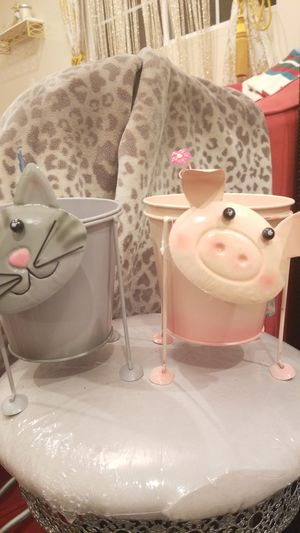Cat or piglet pot metal for Sale in Orange, CA