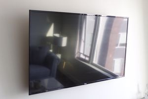 """60"""" TCL Roku 4K TV for Sale in Cleveland, OH"""