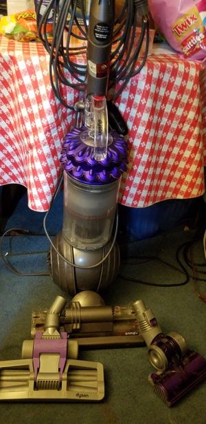 Dyson DC77/UP14 Cinetic Big Ball Animal Vacuum for Sale in Vancouver, WA