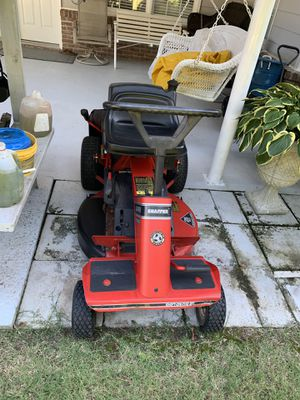 Snapper riding lawn mower 12.5 hp for Sale in Buford, GA