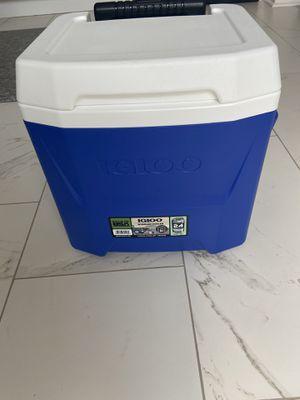 Igloo cooler for Sale in Alpharetta, GA