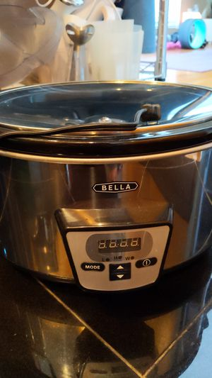 Bella slow cooker - new for Sale in Dallas, TX
