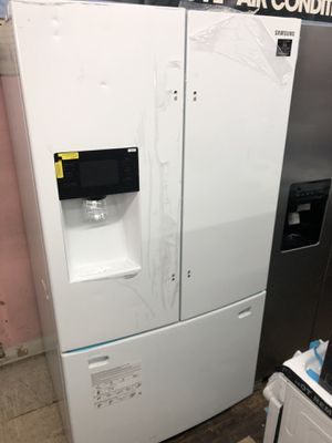 "Samsung 36"" 24.6 Cu ft French Door Refrigerator for Sale in Philadelphia, PA"