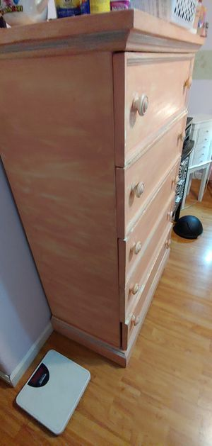 Chest of drawers - solid wood $35 for Sale in North Las Vegas, NV