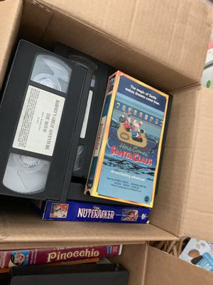 Huge LOT VHS TAPES KIDS MOVIES BARNEY AN MORE for Sale in Levittown, NY