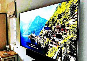 FREE Smart TV - LG for Sale in Elk Grove Village, IL