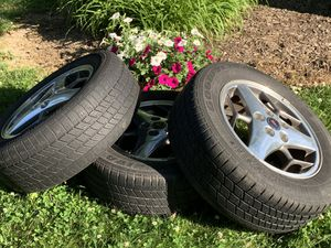 Goodyear Integrity Tire P225/60R16 (with rims) for Sale in Martinsville, IN