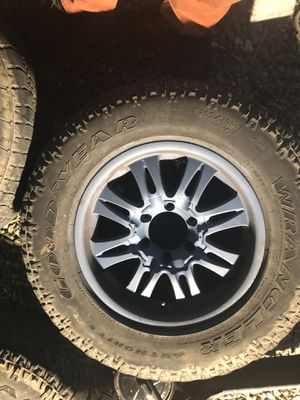 Chevy/gmc 6 lug wheels for Sale in St. Louis, MO