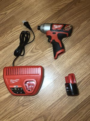 """Milwaukee M12 1/4"""" hex impact drill driver set for Sale in Odessa, TX"""