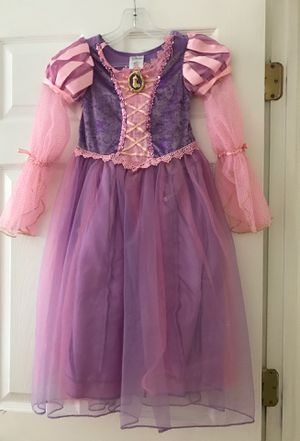 Rapunzel dress 👗size 5/6 for Sale in Chicago, IL
