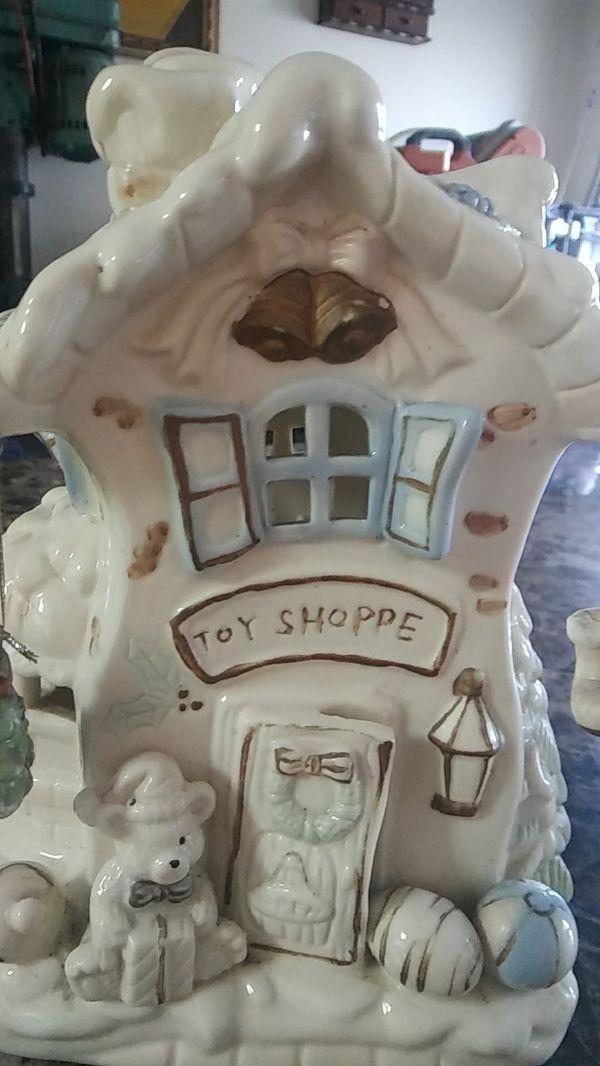 Antique porcelana/ Porcelain