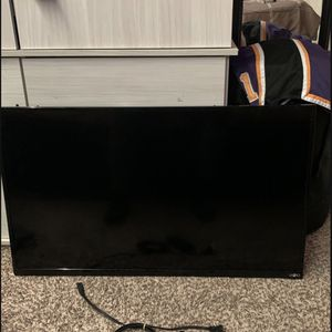 35in Vizio (non smart tv) for Sale in Virginia Beach, VA