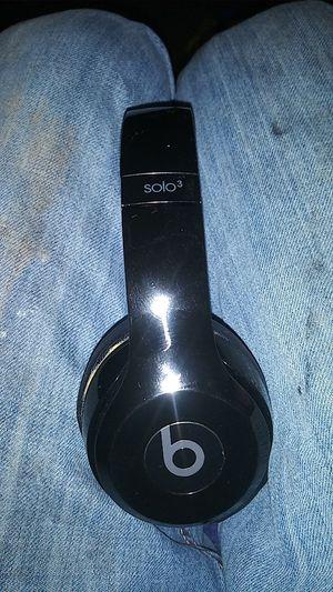 Beats solo 3 wireless for Sale in Kearney, MO