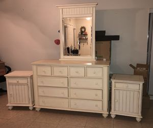 Dresser/Mirror with night tables - twin day bed for Sale in Lutz, FL