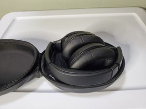 Vipex noise canceling headset for Sale in Lynwood, CA