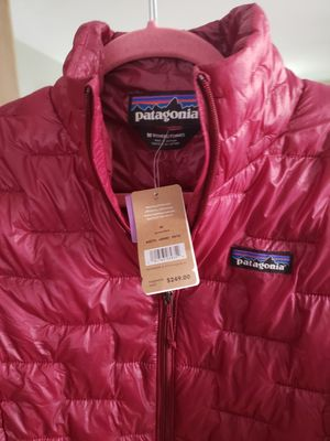 PATAGONIA Women's Micro Puff Jacket Medium NEW for Sale in Chicago, IL