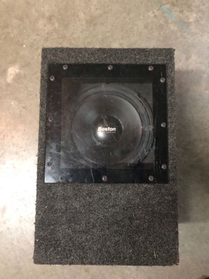 """Boston Rally Series 10"""" subwoofer with ported box for Sale in Buford, GA"""