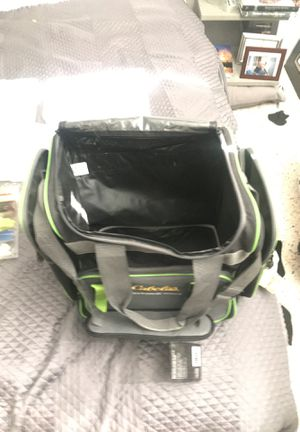 Full Fishing Set: hooked, barrels swivel kit, lures , 6 boxes for Sale in Miami, FL