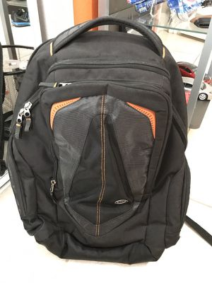 Dell Backpack (fits up to 17 inch laptops) for Sale in Deltona, FL