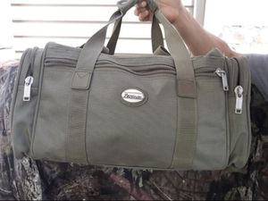 Pathfinder duffle bag for Sale in Queens, NY