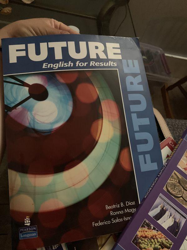 Vendo estos cuadernos son de inglés a 20 el par de cuadernos