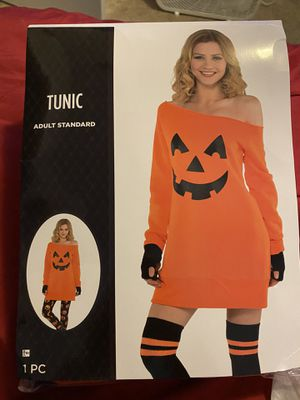 NEW pumpkin costume with free socks for Sale in Riverview, FL