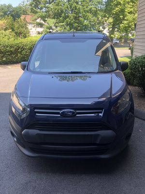 Ford transit connect xl 2017 with 25k miles, roof rail,storage shelf, clean inside and outside for Sale in Greenwich, CT