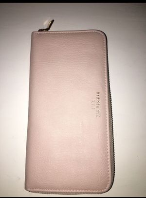 Madison Ave. Wallet for Sale in Gaithersburg, MD