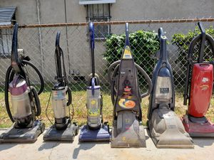 Vacuum and Carpet Shampooer used some need a belt runs about $2. for Sale in E RNCHO DMNGZ, CA
