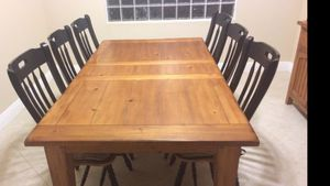 Table and chairs for Sale in Lake Worth, FL