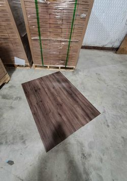Luxury vinyl flooring!!! Only .74 cents a sq ft!! Liquidation close out! 6UB for Sale in China Spring,  TX