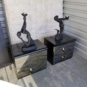 Free Bed Dresser Bedroom Furniture Set for Sale in Beaumont, CA
