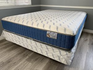 Queen Supreme Orthopedic Mattress and Boxspring for Sale in Perris, CA