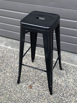 Metal Stool Chair for Sale in Bellevue,  WA