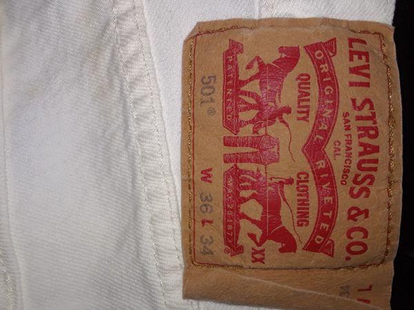 size 36 White levi jeans