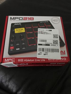 Akai Proffessional MPD218 NEW MIDI PAD for Sale in Fife, WA